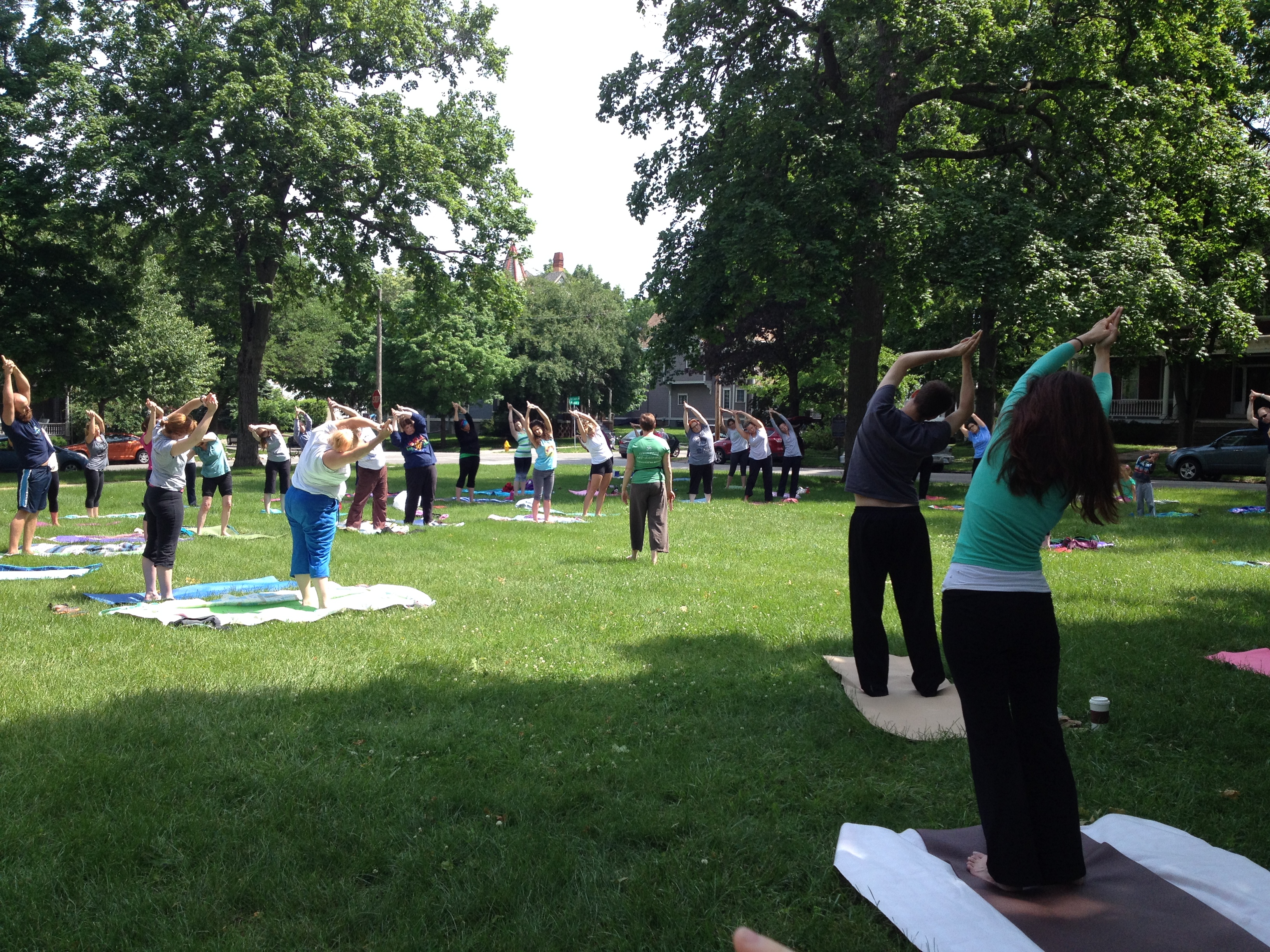 Free Sunday Morning Yoga | Welcome to The OM Tribe!